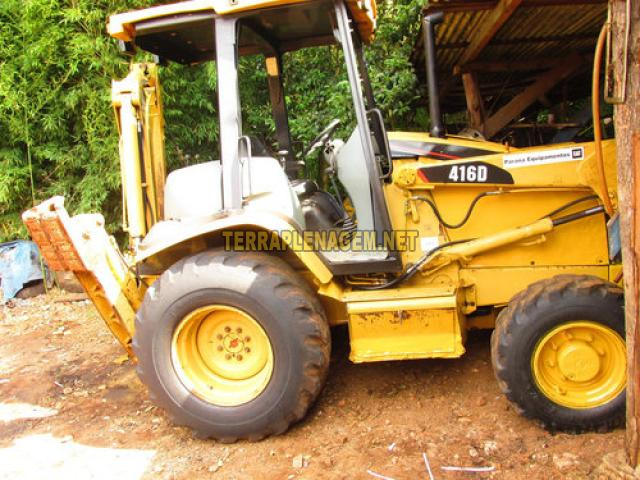 Retroescavadeira Caterpillar 416D 4x4