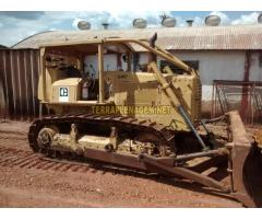 Trator esteira Caterpillar CAT D6DD