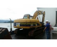 Escavadeira CAT 320C ano 2006
