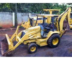 Retroescavadeira Caterpillar CAT 416C
