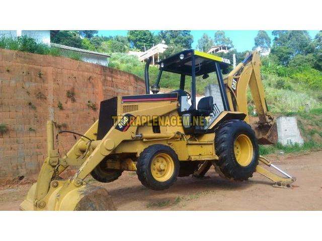Retroescavadeira Caterpillar CAT 416B