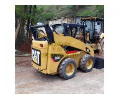 Mini carregadeira Caterpillar 232B2