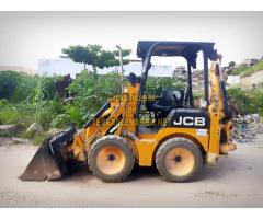 Mini retroescavadeira JCB 1CX