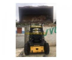 Minicarregadeira New Holland L218