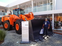 Doosan DL550 na M&T Expo 2015