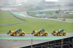 Manipuladores telescopicos New Holland na Formula 2014 em Interlagos